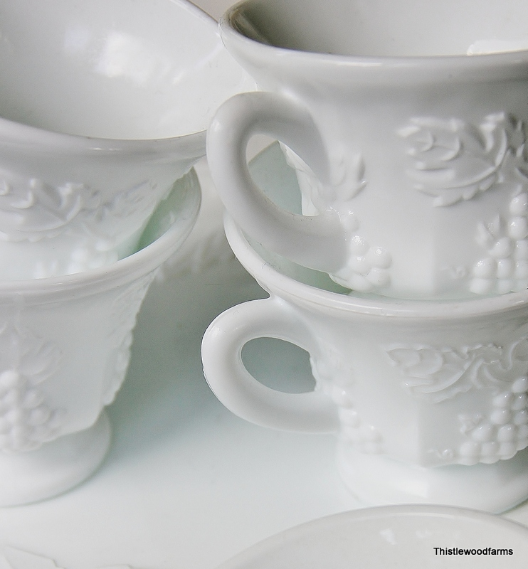 Milk_Glass_Cups2