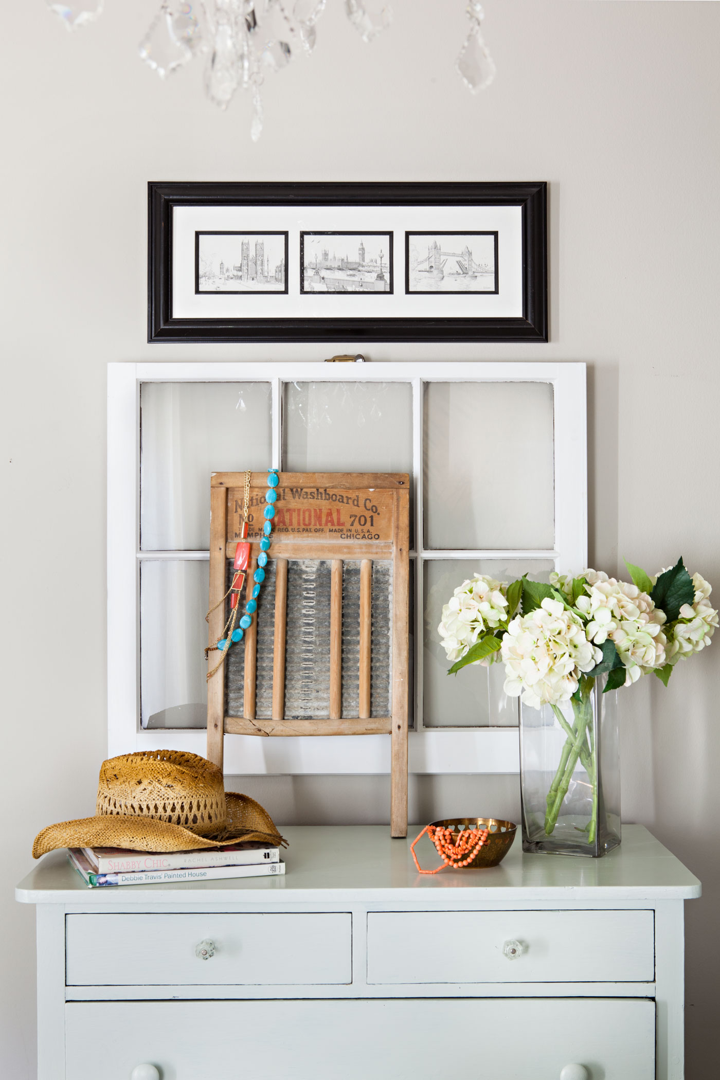 Upcycle Old Window Frames Flea Market Finds Home And Garden